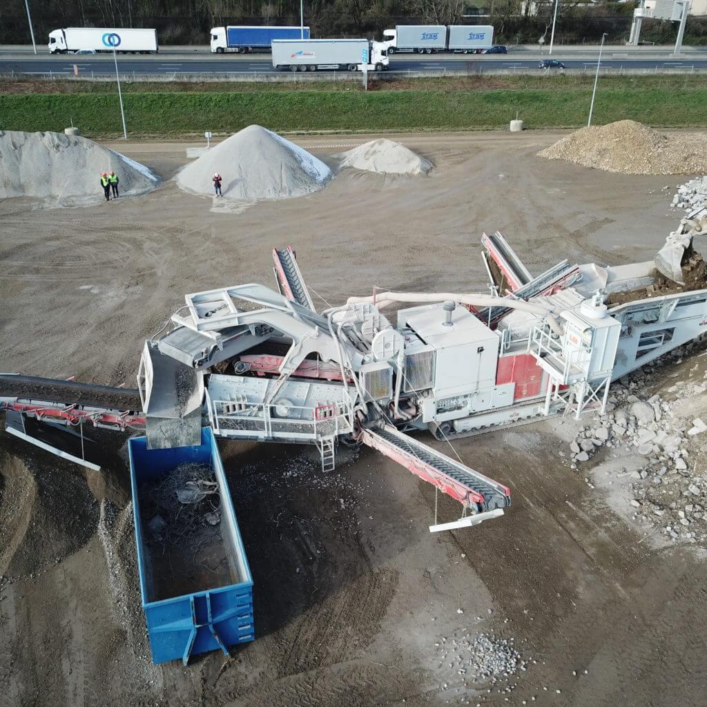 Le GIPO 130 FDR GIGA sur le site de la plateforme de recyclage et de gestion des déchets de chantier d'Ancycla