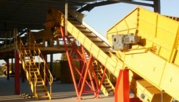 Garonne Concassage Criblage automatise l'unité de tri des déchets de Transport 2B - Article Construction Cayola (Septembre 2011)