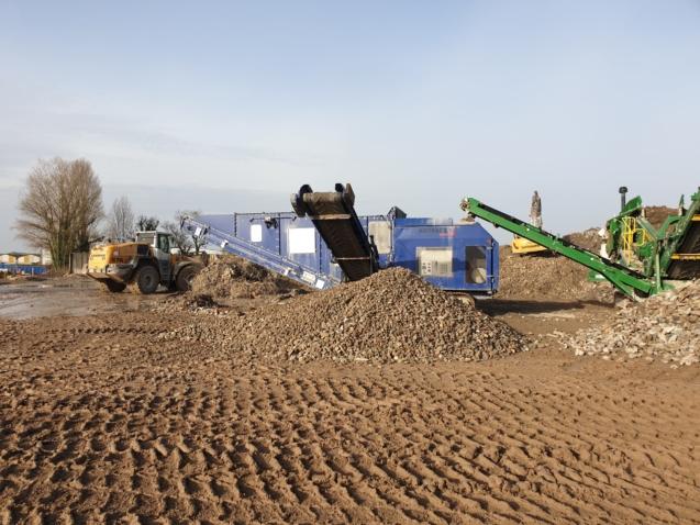 Séparateur aéraulique sur chenilles AIRTRACK 1 WESTERIA pour des nettoyage et tri des déchets et des matériaux de chantier, construction, démolition, carrières