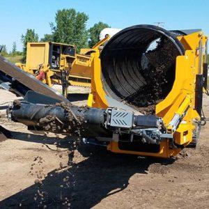 Crible trommel de chantier, recyclage tri déchets de carrière, construction démolition, terre, compost, bois, trommel sur chenilles ou sur roues ANACONDA TD620